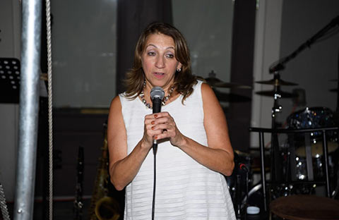 FAIRFIELD, NJ - SEPTEMBER 27: Founder of the Gloria Foundation, Karen Arakelian thanks attendees at the The Gloria Foundation's Taste of Italy 2017 on September 27, 2017 in Fairfield, New Jersey. (Photo by Dave Kotinsky/Getty Images for The Gloria Foundation)